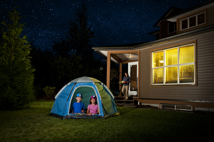 a backyard camp-out with kids